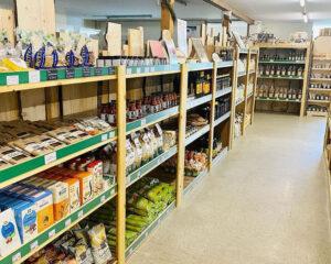 Einkaufen-im-ERNA-Regionalmarkt-Friedrichsfehn